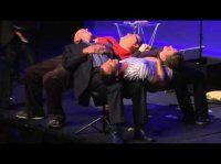 Showreel of Speaker, Comedian & Magician, Tom Elliott  (www.tom-elliott.org)